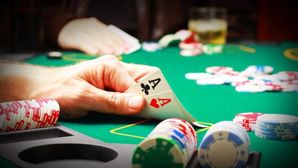 bermain poker secara online